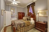 <h5>Bedroom</h5><p>Featuring Stearns & Foster queen sized bed, private bath and custom linens.</p>